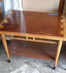 Photo of a restored Lane Acclaim Series end table.